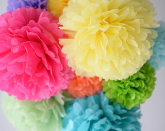 33 mixed size tissue Pom Poms set - bespoke colors- wedding party decorations / Bridal Baby Shower / 1st Birthday / paper flowers / lanterns