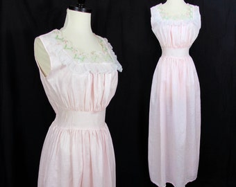 Katz pink pique cotton nightgown NOS - Lacy embroidered trim neckline by Katz - S - 1960s