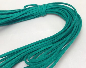 Cord lace look glittery suede x 1 m - emerald green - 3 mm wide