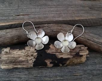 Silver Flower Earrings, Sterling Silver Dangle Earrings, Lemon Quartz Earrings, Yellow Stone Earrings, Crystal Jewelry, Everyday Earrings
