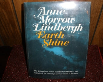 Earth Shine Anne Morrow Lindbergh Vintage 1969 Book Reading Entertainment Historical Collectible