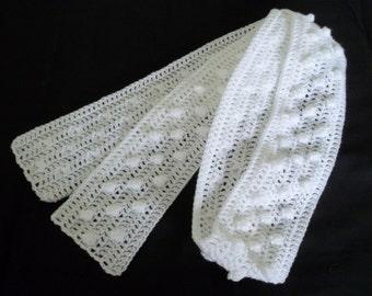 Lisa - White popcorn stitch crocheted scarf