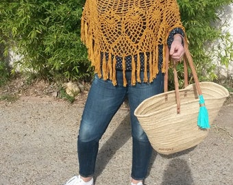 Poncho crocheted gold large size