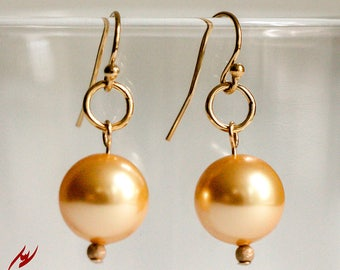 Gold Pearls Earrings, Gold Swarovski Crystal Pearl Earrings, Gold Filled Earrings, Short Earrings, Bridesmaid Earrings, Gold Bridal Jewelry