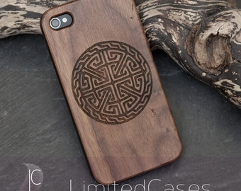 "Case for iphone 4, 4s with real walnut-Wood edition, laser engraving ""Celtic Circle"""
