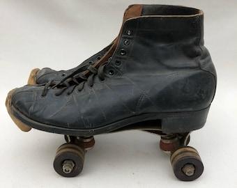 Vintage Black Leather Chicago Roller Skates - Size 6 - 1914 Pat. Date