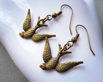 Swallow earrings, swallow jewelry, swallow bird earrings, antiqued brass, bronze, earrings handmade jewelry flying soaring swallow bird