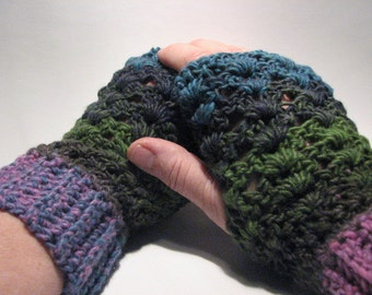 Made to Order Soft and chunky lace fingerless gloves in your choice of color
