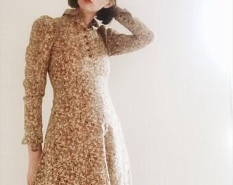 Hand Made, True Vintage, Floral 70's Knee Length Dress