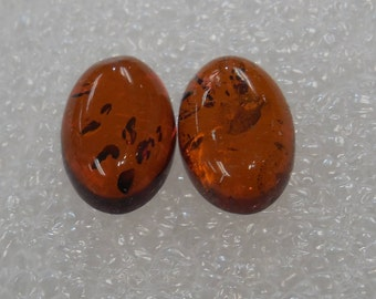 Designer dream! Natural Baltic Amber oval  cabochon size 8 x 12 mm 2 pcs  Weight 2.6 Carats