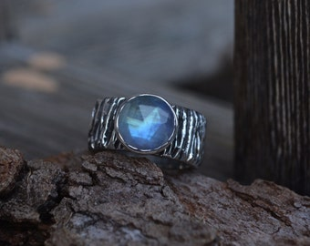 Moonstone Wide Band Ring, Moonstone Ring, Rainbow Moonstone, Sterling Silver, Textured Band, Wide Textured Band, Silver Moonstone, Moonstone
