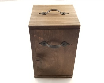 Rustic Wood Trash Can (American Walnut/ Espresso) 3 Gallons with Lid, Bathroom, Office, Den