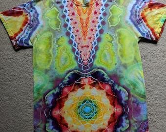 Medium Tie Dye V/Mandala T-Shirt