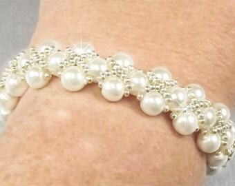Pearl Bracelet, White Pearl Embellished with Silver Hugs and Kisses Bracelet, White Pearl Beaded Adjustable Bracelet  B0139