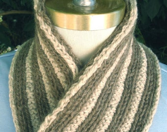 Reversible Ribbed Scarf in Shades of Brown and Tan