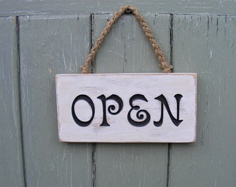 Open and Closed Sign, Shabby Chic Wooden Hanging Door Sign, Rustic Shop/Cafe/Kitchen Sign