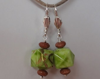 Silver Shell earrings with a touch of retro