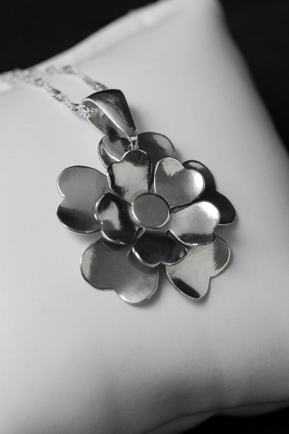 Sterling Silver Flower, Handmade Flower, Flower Necklace, Flower on Chain, Chain with Flower, Botanical Necklace, Flowers.