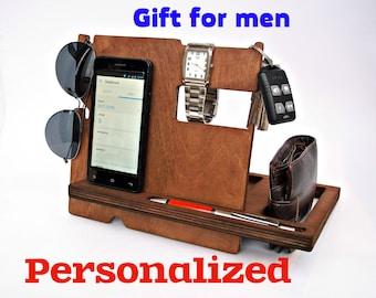 Boyfriend Christmas Gift, Personalized Christmas Gift for Husband, Christmas Gift for Men, Dad Christmas Gift, Wood Docking Station