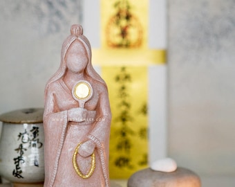 Amaterasu - Japanese Shinto Fertility Goddess Statue, Mother Earth Sculpture, Pagan Buddhist Home Altar Sacred Space