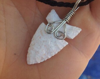 Flint Arrowhead Necklace Pendant with Magnetic Clasps