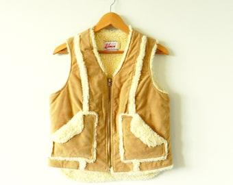 Fluffy Vintage Sherpa Vest / Boho Vest / Vintage Faux Suede Vegan Vest / Soft Sherpa