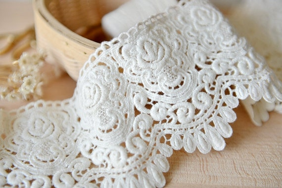 Ivory Cotton Lace Trim, Exquisite Embroidered Lace Trim, Scalloped Floral  Lace 2 yards from lacetime on Etsy Studio