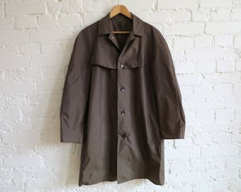 Vintage 1980s Khaki Mens Raincoat Nylon Rainwear Men's Rain Coat Medium to Large Size