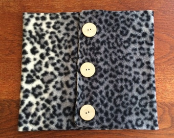 Leopard fleece neck warmer + other colors (see photo)
