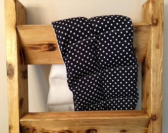 Weighted Shoulder Wrap- Navy blue/Polka-dot