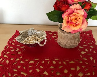 Rectangle Embroidered Doily – Red
