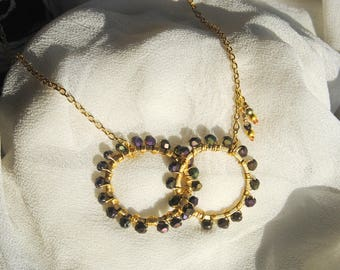 Asymmetry Circles Necklace