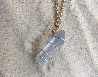 Healing crystal, crystal, necklace, quartz, stone, wire wrapped, gold
