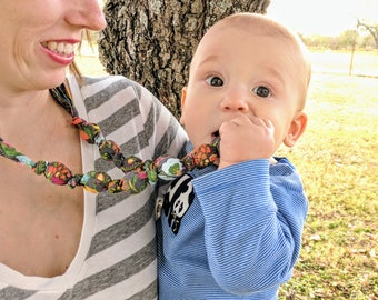 FREE SHIPPING! Fabric Teething Necklace, Nursing Necklace, Breastfeeding, Teething Necklace, Mom Necklace, Chew beads, Cloth, Wood ring