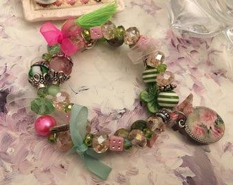 Smart Medallion bracelet shabby roses