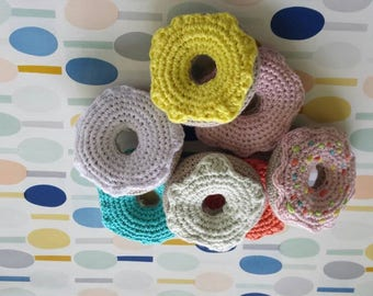 Set crocheted donuts (5 x)