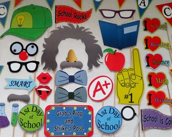 PDF - Back to School/1st Day of School Photo Booth Props - PRINTABLE / DIY