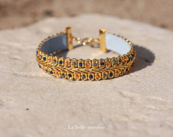 Bracelet doré brodé, La Belle envolée.