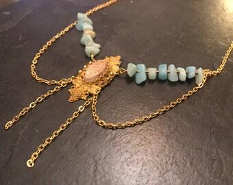 Bib necklace with Jasper vintage Locket