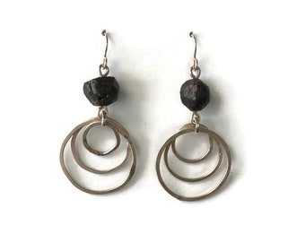 Hammered Rings with Stone Earrings