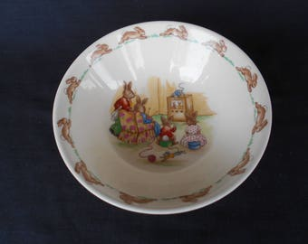 Vintage Royal Doulton Bunnykins Cereal Bowl - Watching TV 1970's  #00157