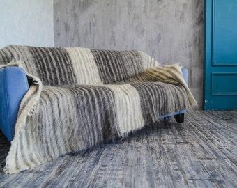 Soft Wool Throw Blanket Gray Striped, Handmade Warm Throw, Fluffy wool blanket, Wool bed throw, Big bed cover, Scandinavian decor, Wedding