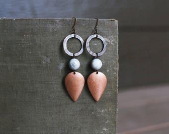 howlite + copper teardrop earrings.