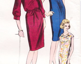 1970s Womens One Piece Dress Yoke Front Shift Dress Vogue Sewing Pattern 6007 Size 14 Bust 34 Vintage 70s Sewing Patterns