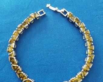 Vintage Green Triangle Rhinestone Bracelet