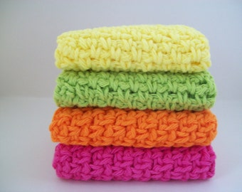 4 Bright face cloths or dish rags