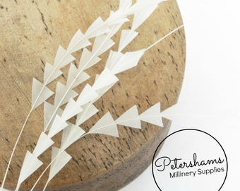 Zig Zag Coque Feather (Pack of 5) for Millinery & Fascinators - Ivory