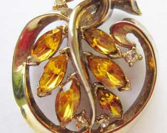 Lovely Gold Tone Amber and Clear Rhinstone Necklace