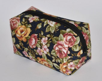 Box Pouch Organiser with Zip, Multi Purpose for Storing Bits & Pieces, Useful for Everyone, Oriental Floral Style Fabric, Pretty Gift Idea