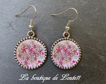 Cabochon image earrings pink stars 2